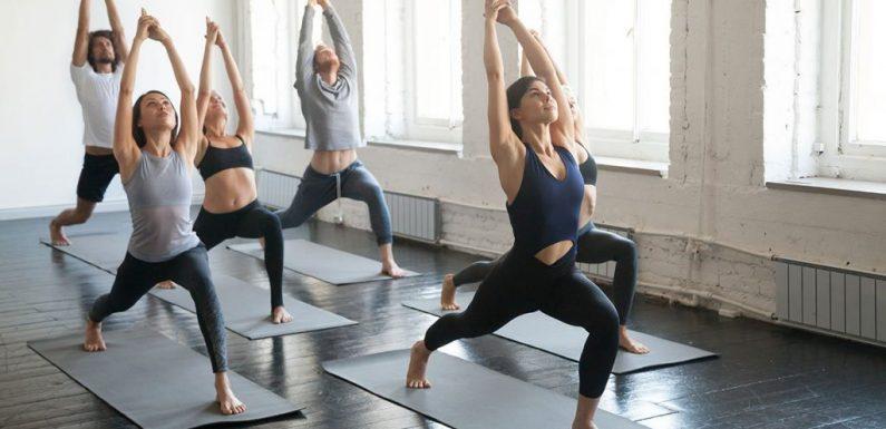 Những lưu ý khi chọn đồ tập yoga nữ